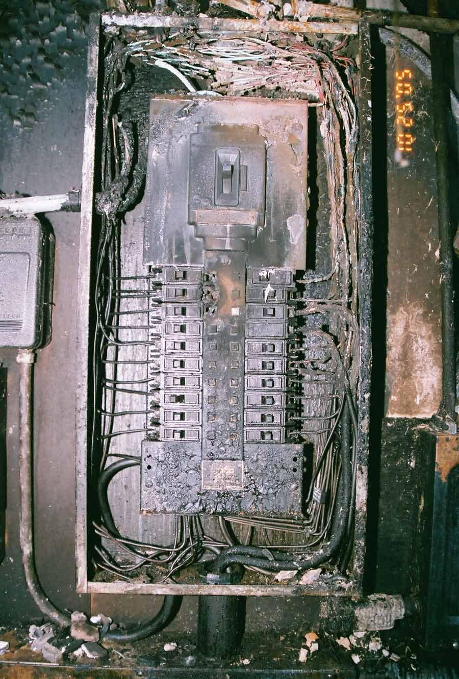 Electrical Distribution Panels Circuit Breaker Fires 200 Box Wiring Diagram 30 Old Fuse Single Pole Severe Arcing In Panel