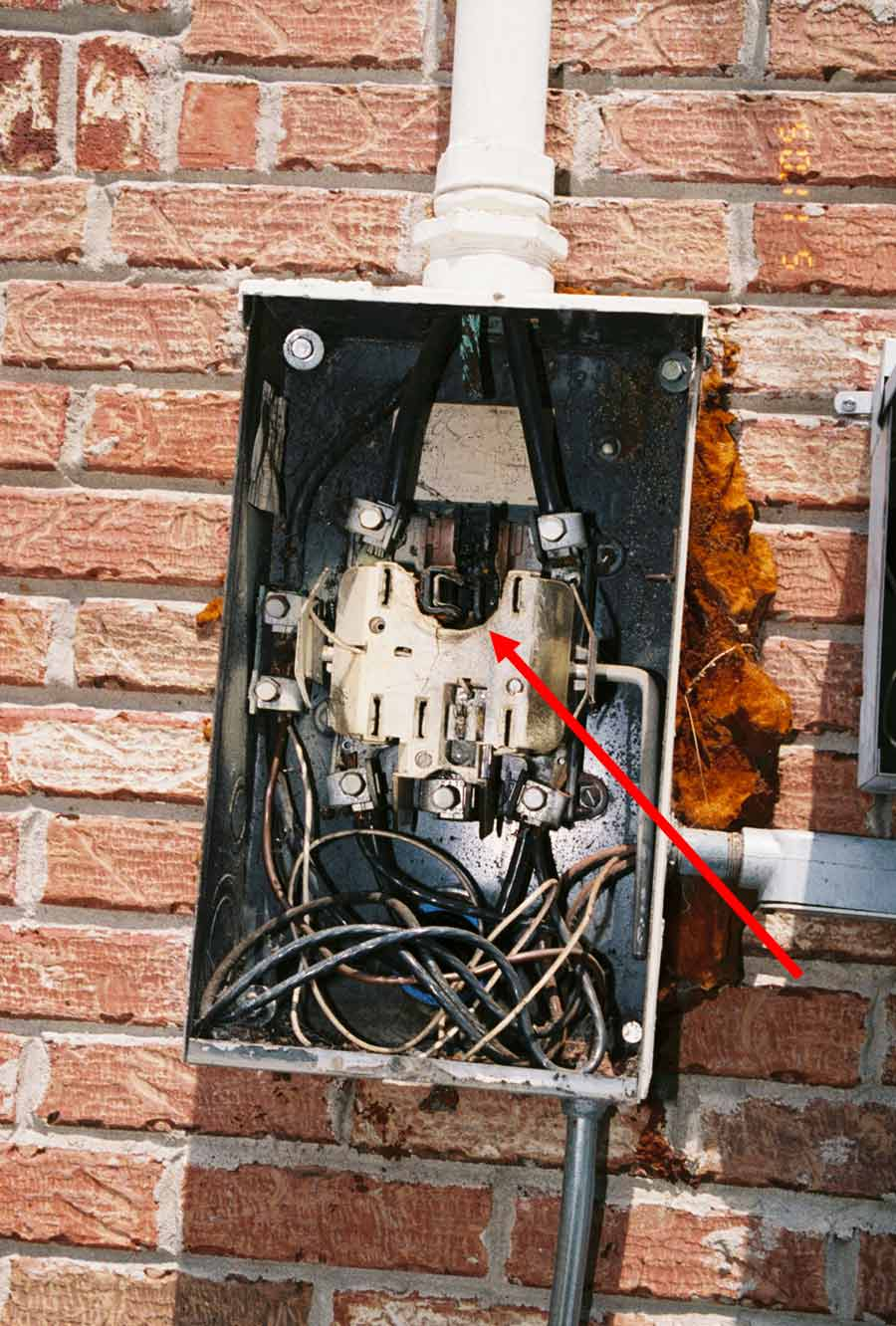 national electrical code violations rh electrical forensics com Plumbing Code Violations electrical wiring code violations